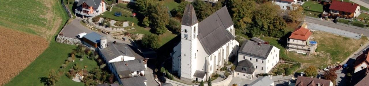 Kirche Kefermarkt Luftaufnahme
